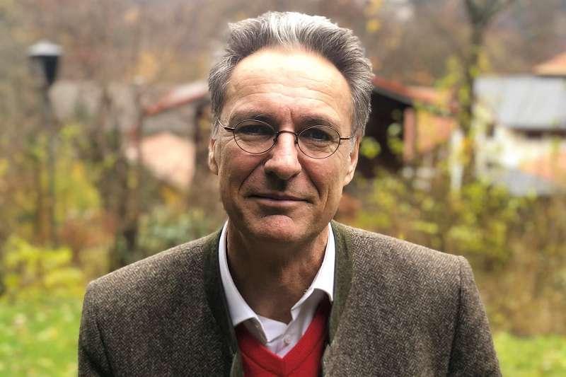 Peter Solnar (4)
